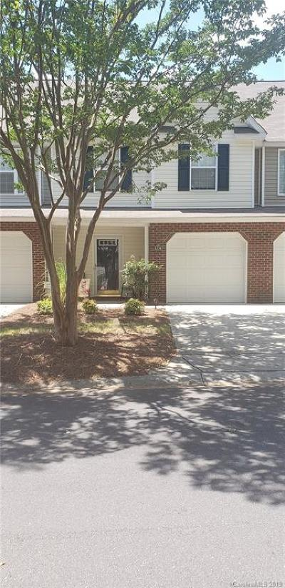 Single Family Home Active Under Contract: 1354 Walnut Hill Drive