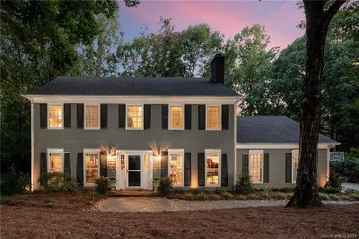Charlotte Single Family Home For Sale: 9717 Whitethorn Drive