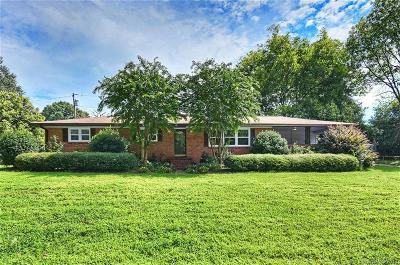 Charlotte Single Family Home For Sale: 127 Laburn Avenue