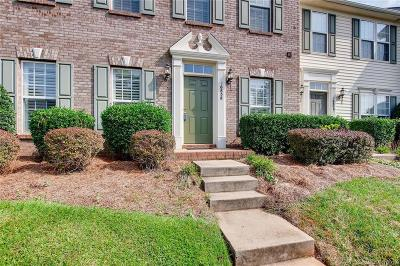 Huntersville Condo/Townhouse For Sale: 16858 Hugh Torance Parkway