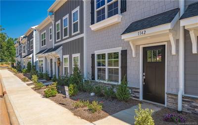 Denver Condo/Townhouse For Sale: 1195 Almerton Drive #22