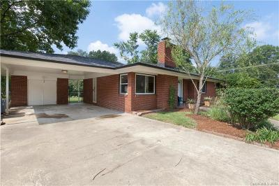 Single Family Home For Sale: 4018 Woodleaf Road