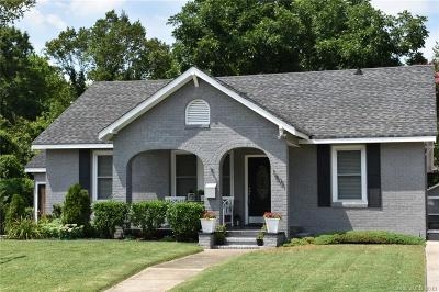 Charlotte Single Family Home For Sale: 1501 Belle Terre Avenue