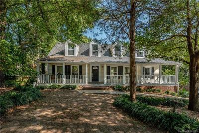 Charlotte Single Family Home For Sale: 5011 Crooked Oak Lane