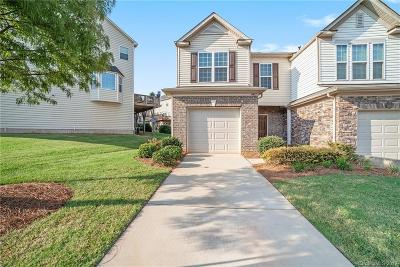 Charlotte NC Condo/Townhouse For Sale: $273,900