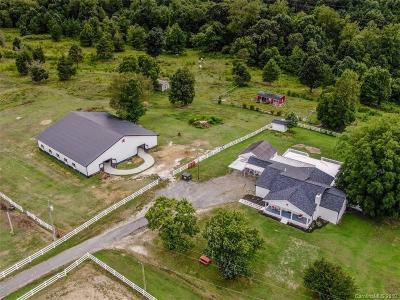 Single Family Home For Sale: 154 Arthurs Road