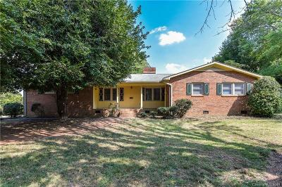 Single Family Home For Sale: 20632 Island Forest Drive