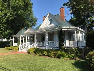 Alexander County, Ashe County, Avery County, Burke County, Caldwell County, Watauga County Single Family Home For Sale: 408 W Union Street
