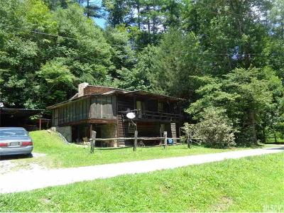 Caldwell County Single Family Home For Sale: 8394 Hwy 90 Highway