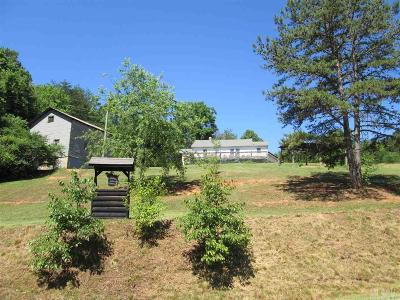 Caldwell County Single Family Home For Sale: 1305 Auton Rd