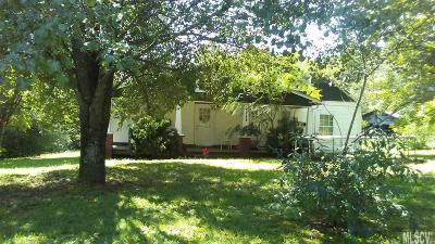 Caldwell County Single Family Home For Sale: 4950 Calico Rd