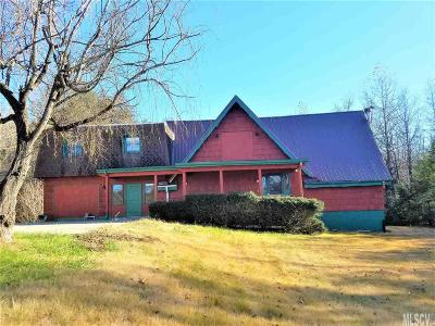 Caldwell County Single Family Home For Sale: 2484 Crump Rd