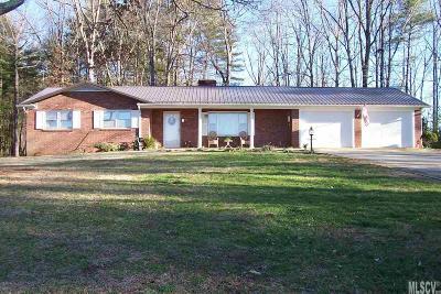 Lenoir Single Family Home For Sale: 2510 Kingtown Rd #x
