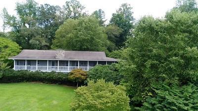 Franklin Single Family Home For Sale: 80 Tisit Dr.