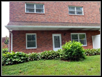 Macon County Single Family Home For Sale: 80 White Oak St.