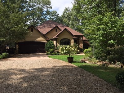 Jackson County Single Family Home For Sale: 1762 Garnet Road