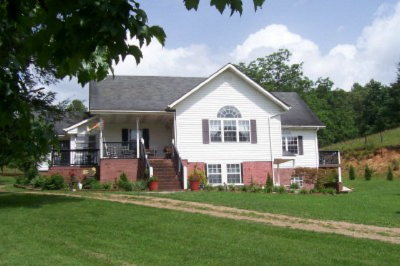 Franklin NC Single Family Home For Sale: $239,000