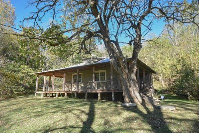 Franklin Single Family Home For Sale: 2285 Lakey Creek Rd