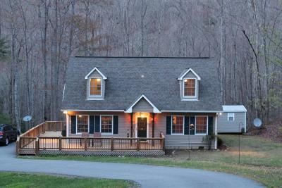 Single Family Home For Sale: 1857 Sawmill Creek Rd.