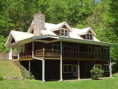 Macon County Single Family Home For Sale: 525 Whisper Mountain Road