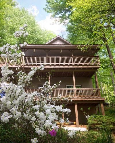 Franklin NC Single Family Home For Sale: $185,000