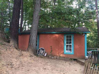 Jackson County Single Family Home For Sale: 94 Armour Rd