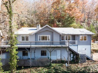 Franklin NC Single Family Home For Sale: $175,900