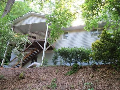 Franklin NC Single Family Home For Sale: $169,000