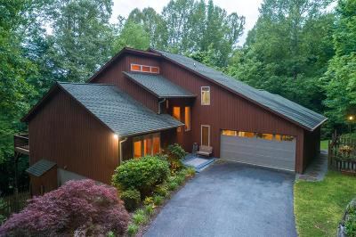Sylva Single Family Home For Sale: 189 Berry Hill Drive