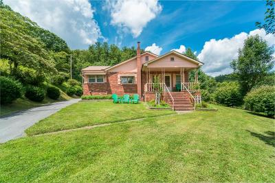 Sylva Single Family Home For Sale: 4798 Hwy 74e