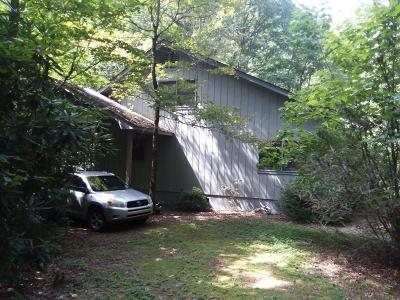 Macon County Single Family Home For Sale: 5206 Rainbow Springs Rd