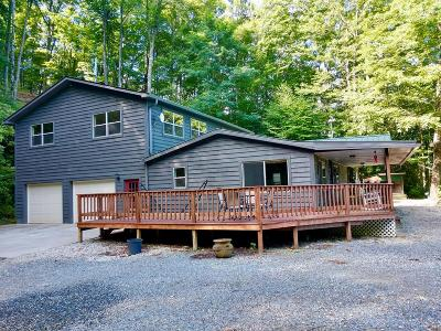 Bryson City Single Family Home For Sale: 516 Big Bench Road