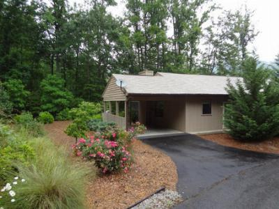 69A Woodside Villas Condo For Sale Franklin NC