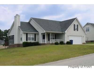 Raeford NC Single Family Home For Sale: $117,000
