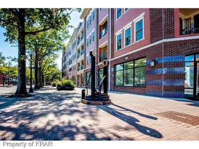Fayetteville Condo/Townhouse For Sale: 325 Hay #202 Street