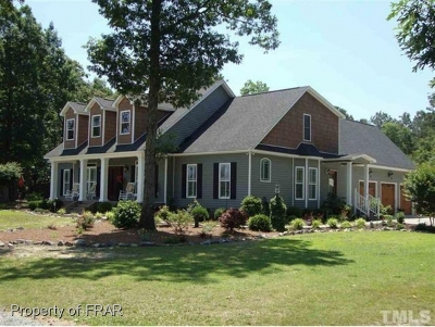 Sampson County Single Family Home For Sale: 116 Carraway Dr