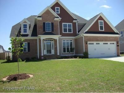Hope Mills Single Family Home For Sale: 5313 Pride Lane #409