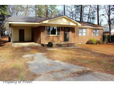 Fayetteville Single Family Home For Sale: 1511 Valiant Dr #134