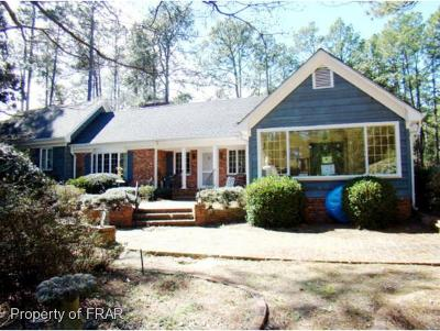 Southern Pines Single Family Home For Sale: 2250 E. Connecticut
