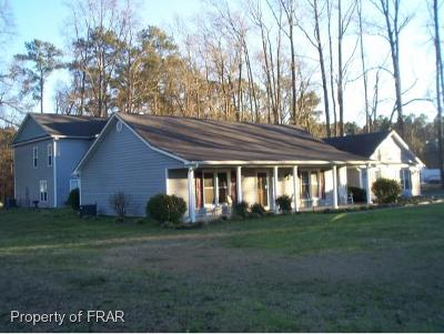 Parkton Single Family Home For Sale: 6365 Us Highway 301