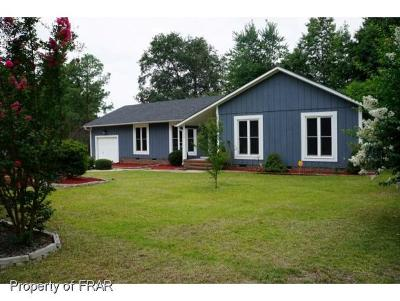 Fayetteville Single Family Home For Sale: 308 Bahama Loop #1