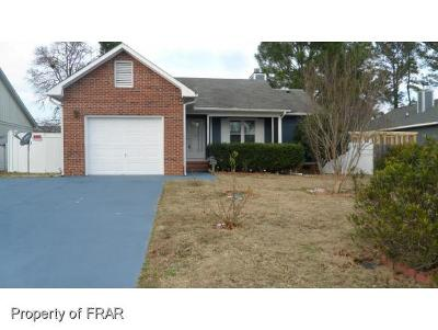 Hope Mills NC Single Family Home For Sale: $95,000