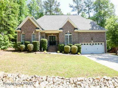 Single Family Home For Sale: 769 Troon Cir