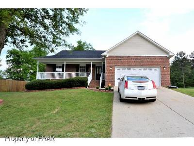 Raeford NC Single Family Home For Sale: $171,000