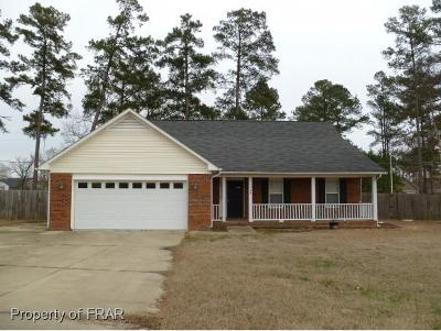 Raeford Single Family Home For Sale: 129 Gibson Dr