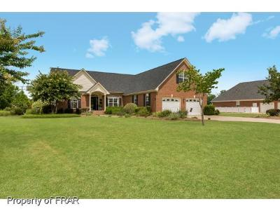 Hope Mills NC Single Family Home For Sale: $239,000