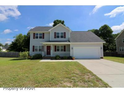 Hope Mills NC Single Family Home For Sale: $162,500