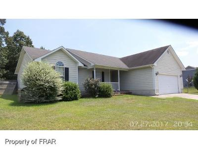 Raeford NC Single Family Home For Sale: $126,500