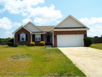 Hope Mills NC Single Family Home For Sale: $154,900