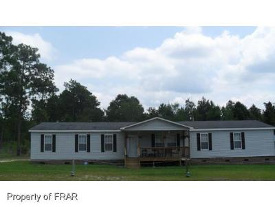 Raeford NC Single Family Home For Sale: $108,000